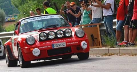 Una trentena de vehicles de Regularitat participen al Ral·li de La Llana